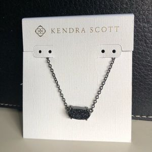 Kendra Scott necklace NWT